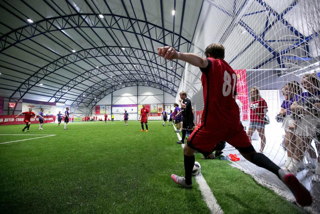 Футбольный крытый манеж